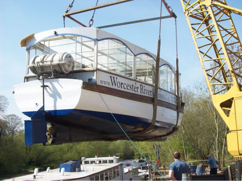 Boat Craneage and Storage River Severn Worcestershire -